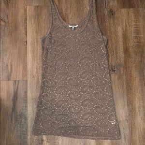 BLE lace top